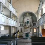 Innenraum der Kirche St. Burkhard Hohfelden in west-östlicher Richtung